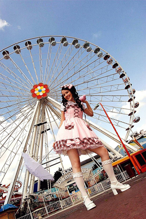 lolita300.jpg